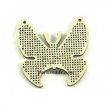 آویز چوبی گردنبند شماره دوزی طرح پروانه
